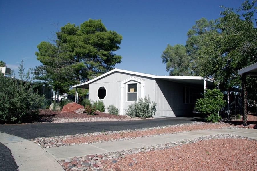 desert-pueblo-mobile-home-park-tucson-blue