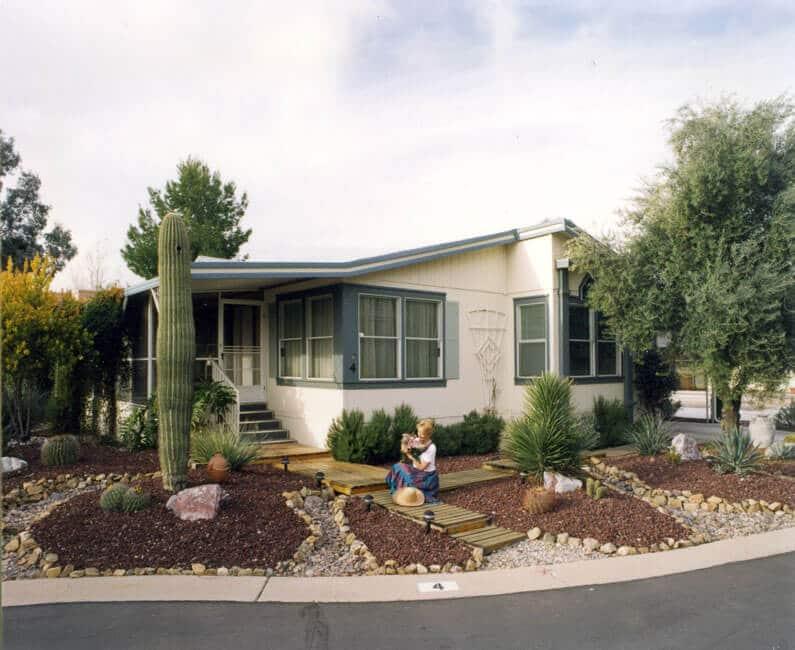 desert-pueblo-mobile-home-resident-front