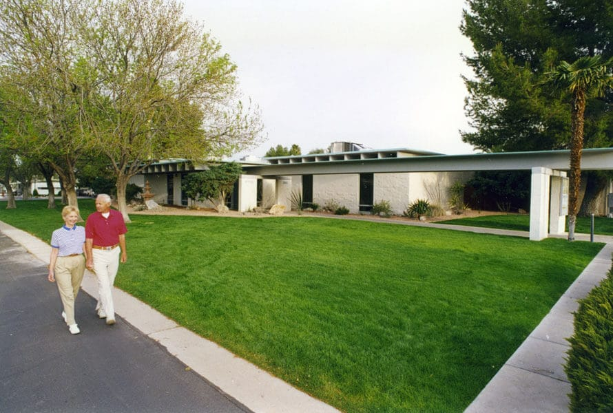 scenic-walk-desert-pueblo-mobile-home-park
