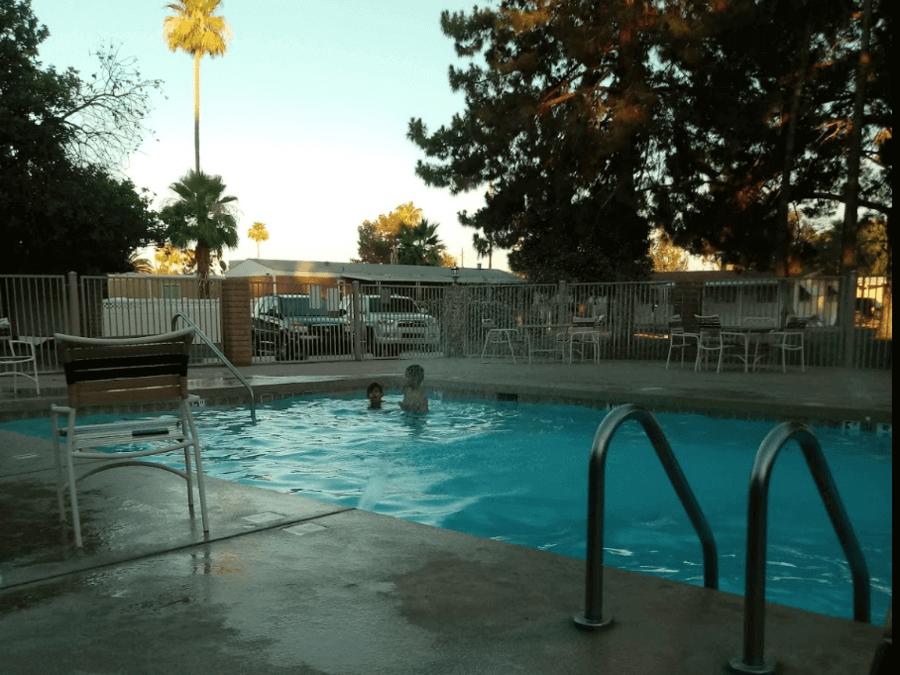 Tempe-Cascades-Pool-Area